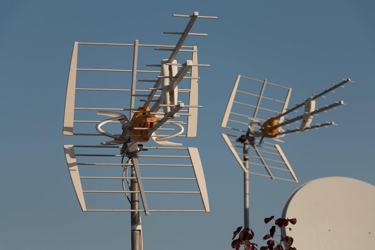 Television Antenna Installation